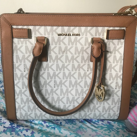 Michael Kors Handbags - Michael Kors : large satchel